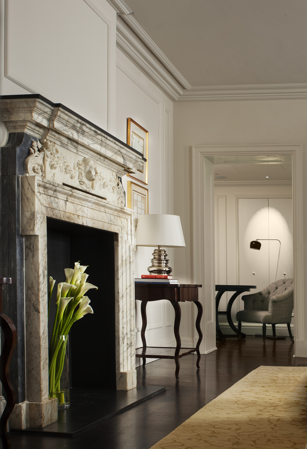 LDN_61382952_Rosewood_London_Chancery_House_Fireplace.jpg
