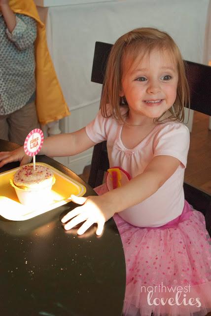Lila+Cupcake.jpg