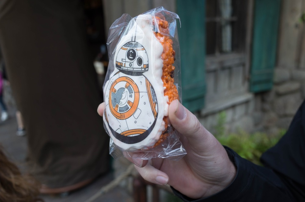 Carol didn't ride Splash Mountain with us, but she DID buy this BB8 Rice Krispie treat