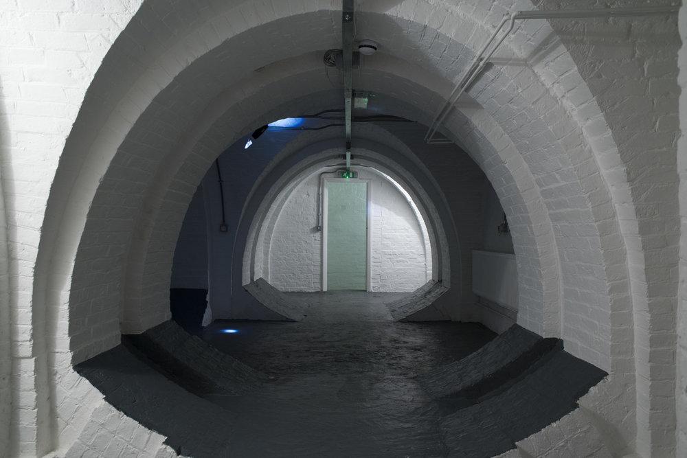Crypt_exit_DSC4546.jpg