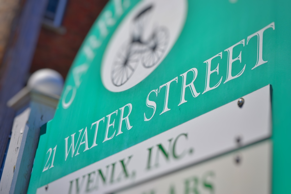 WoodenSign_21WaterStreet.jpg