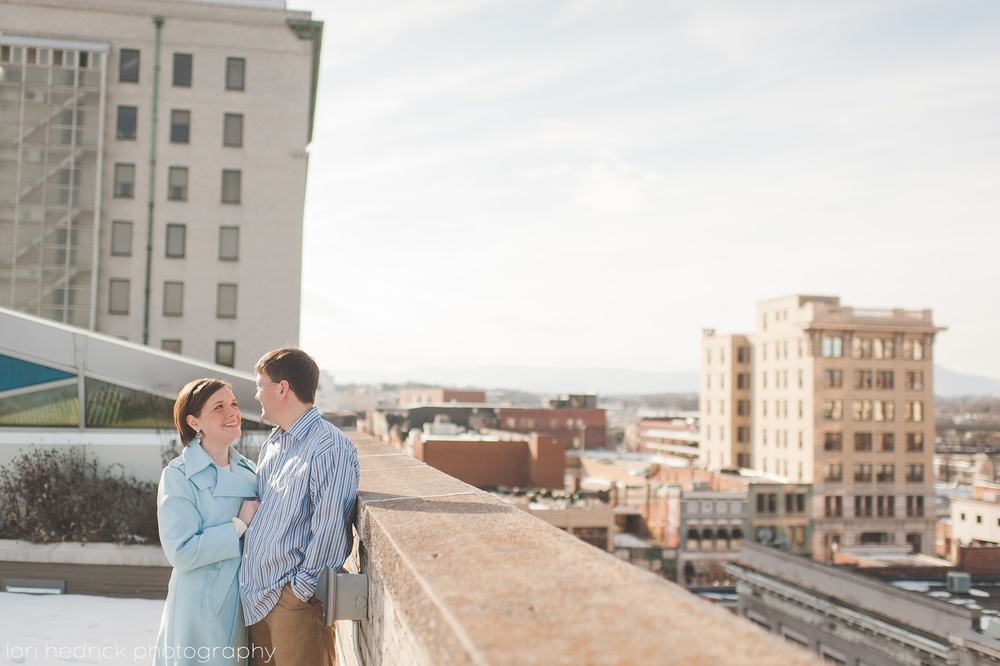 DowntownRoanokeEngagement_0110.jpg
