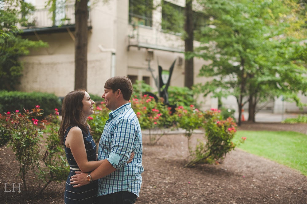 DowntownKnoxvilleEngagementSession100.jpg