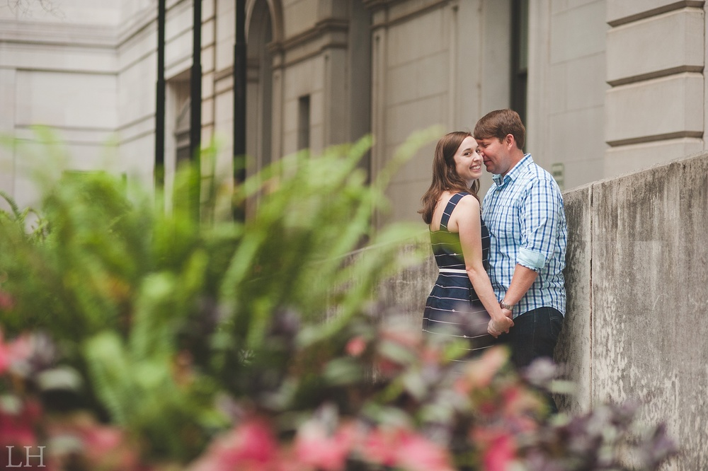 DowntownKnoxvilleEngagementSession112.jpg