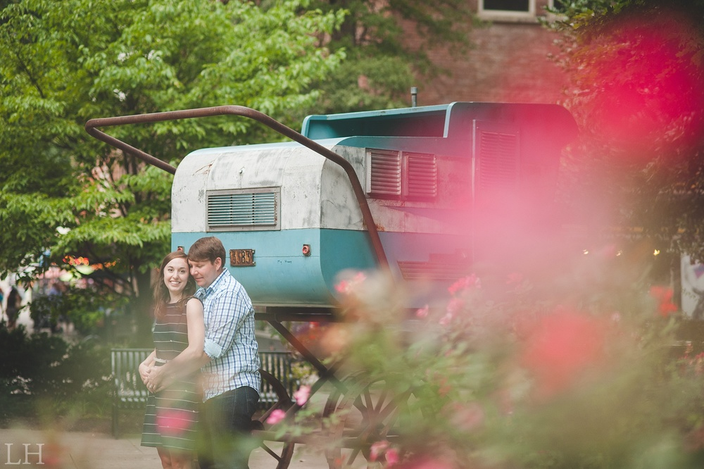 DowntownKnoxvilleEngagementSession116.jpg
