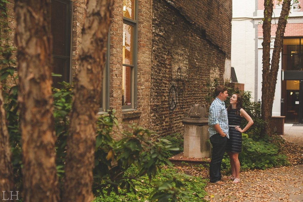 DowntownKnoxvilleEngagementSession118.jpg