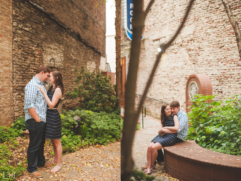 DowntownKnoxvilleEngagementSession121.jpg