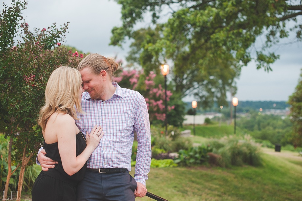 DowntownRichmondWaterwayEngagementSession126.jpg