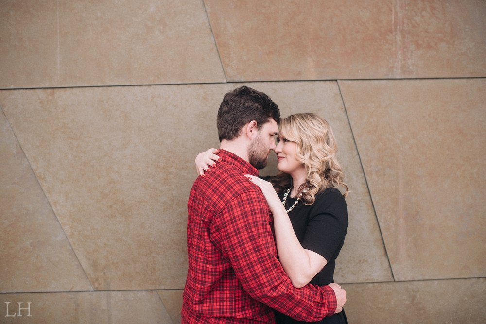 LeahNoahEngaged_119_Blog.jpg