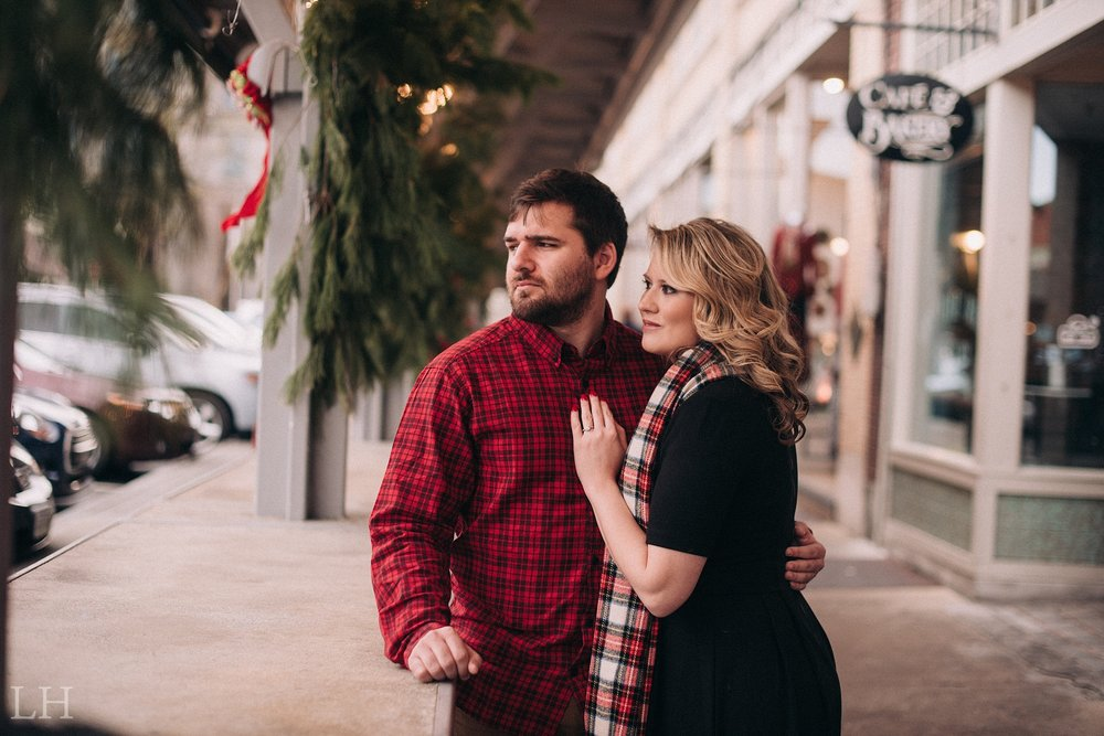 LeahNoahEngaged_125_Blog.jpg