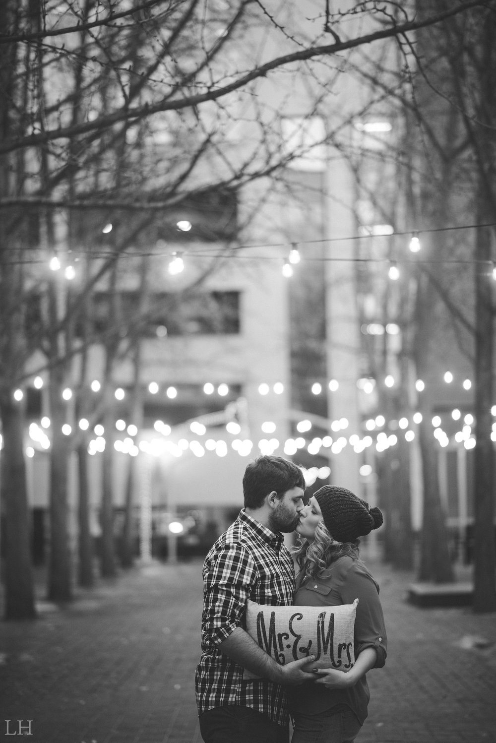 LeahNoahEngaged_152_Blog.jpg