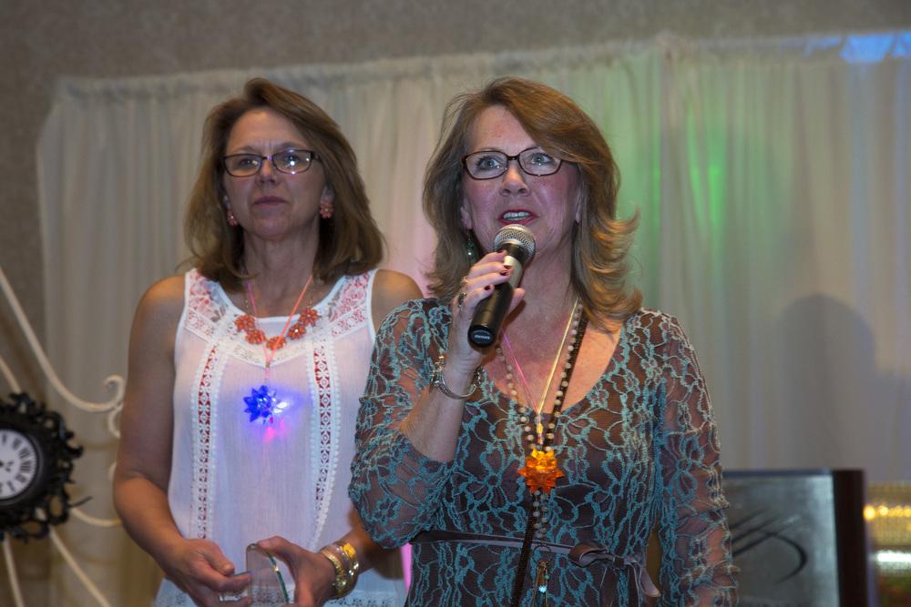 Cindy Miller mic.JPG