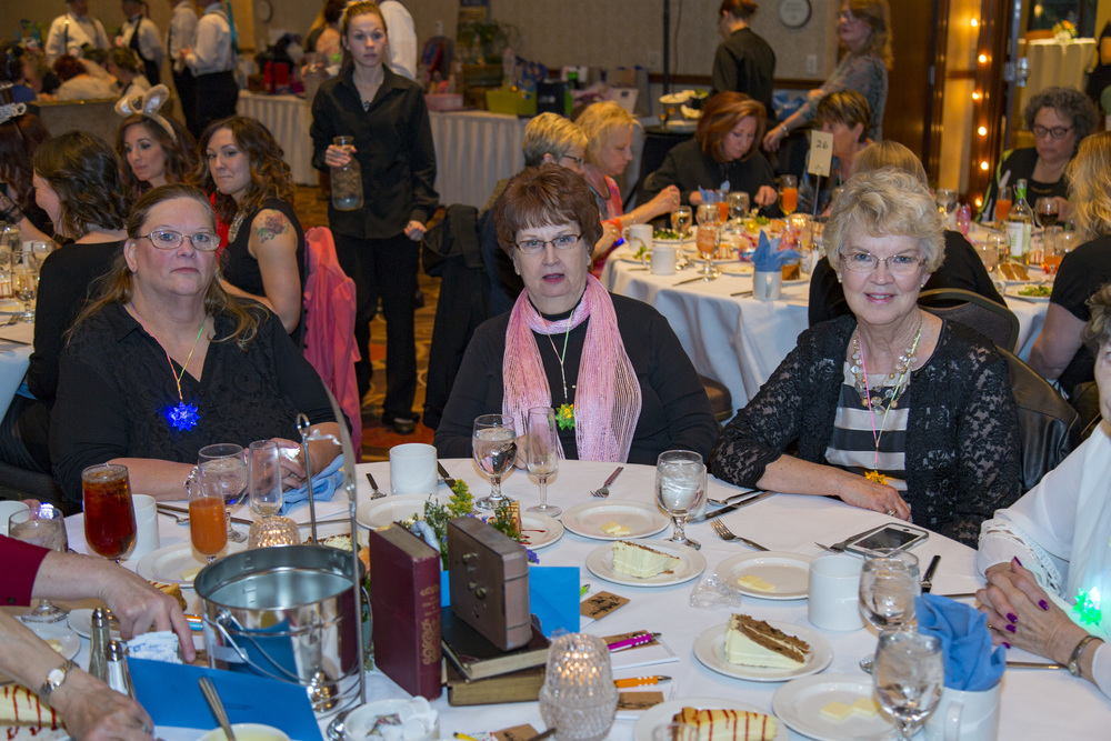 women at table2.JPG
