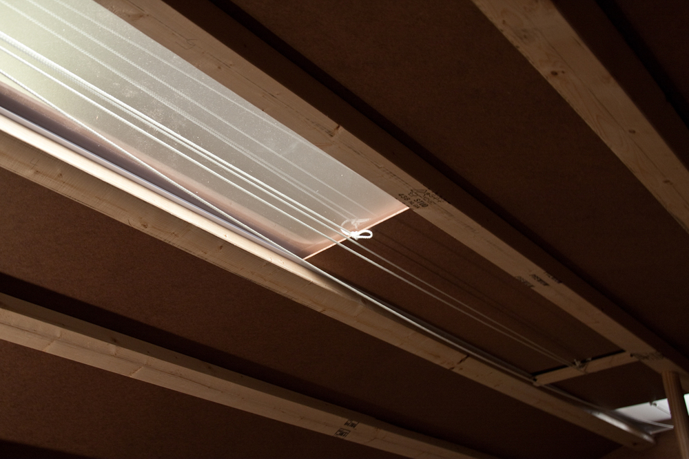 Skylight system in ceiling