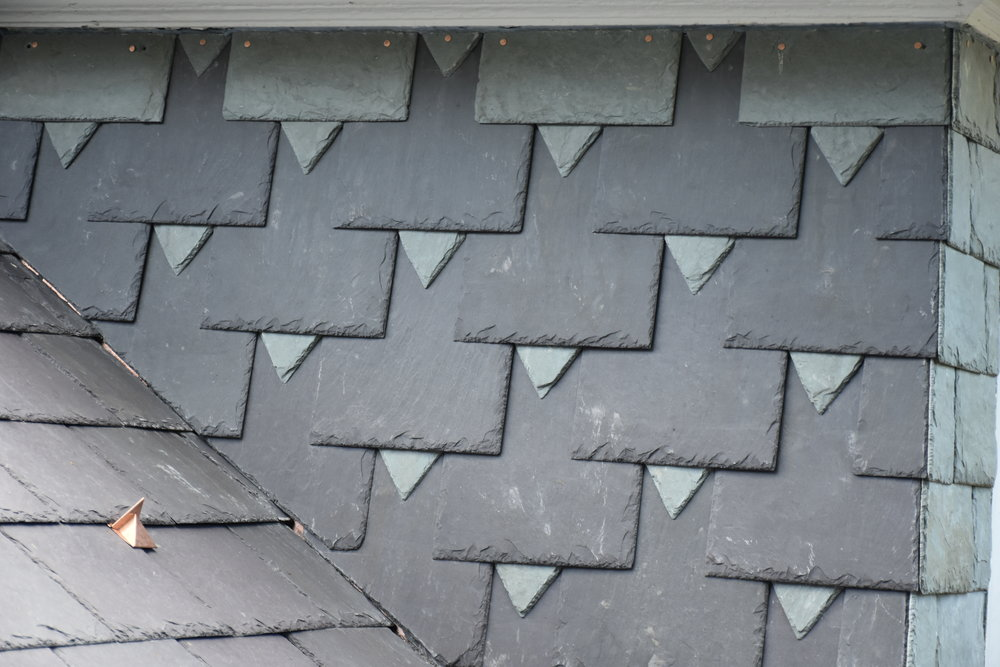 This mix of Welsh slate and Vermont slate is artistic but functional.