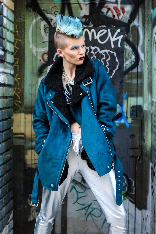 Model:  Olivia Hargrove     MUA:   Erin Celine