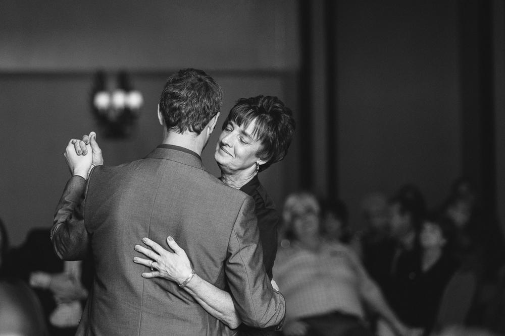 AllisonZauchaPhotography_philadelphia_wedding-41.jpg