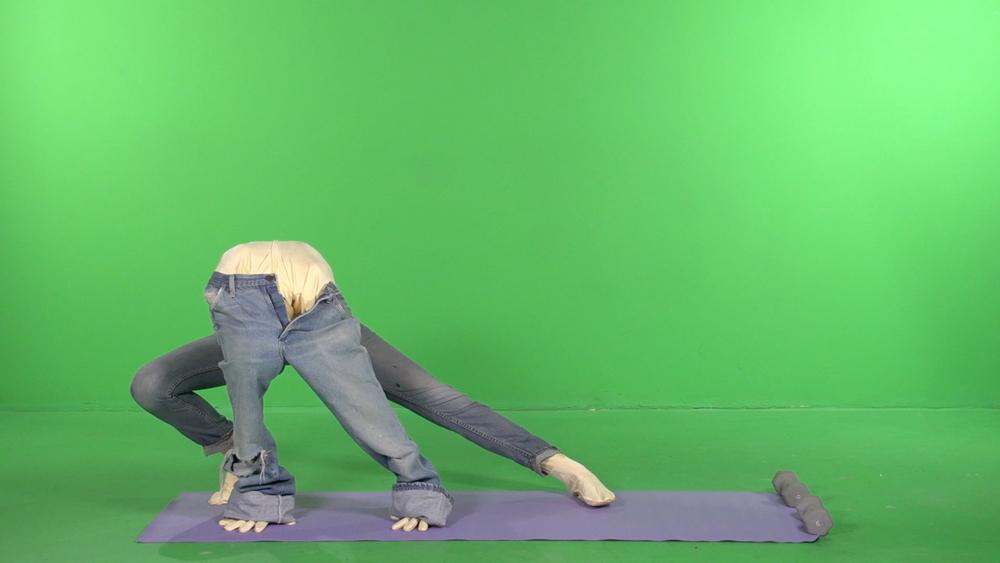 lo_green_legs_op.jpg