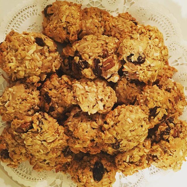 #vegan #macrobiotic #oatmealraisin #pecan #cookies! #vegandessert