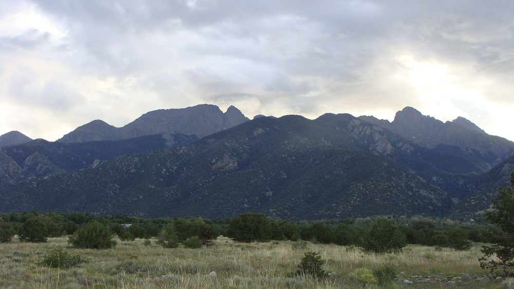 crestone mountains