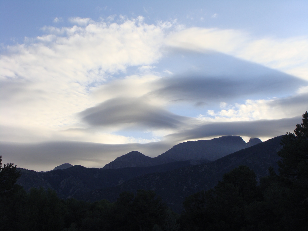 ... and, in the wonder of unusual clouds hanging over the Sangres.
