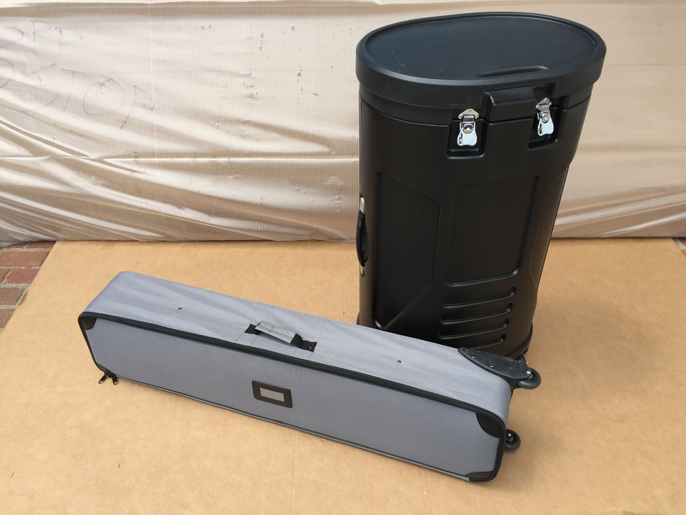 Nylon case (left), hard case (right)