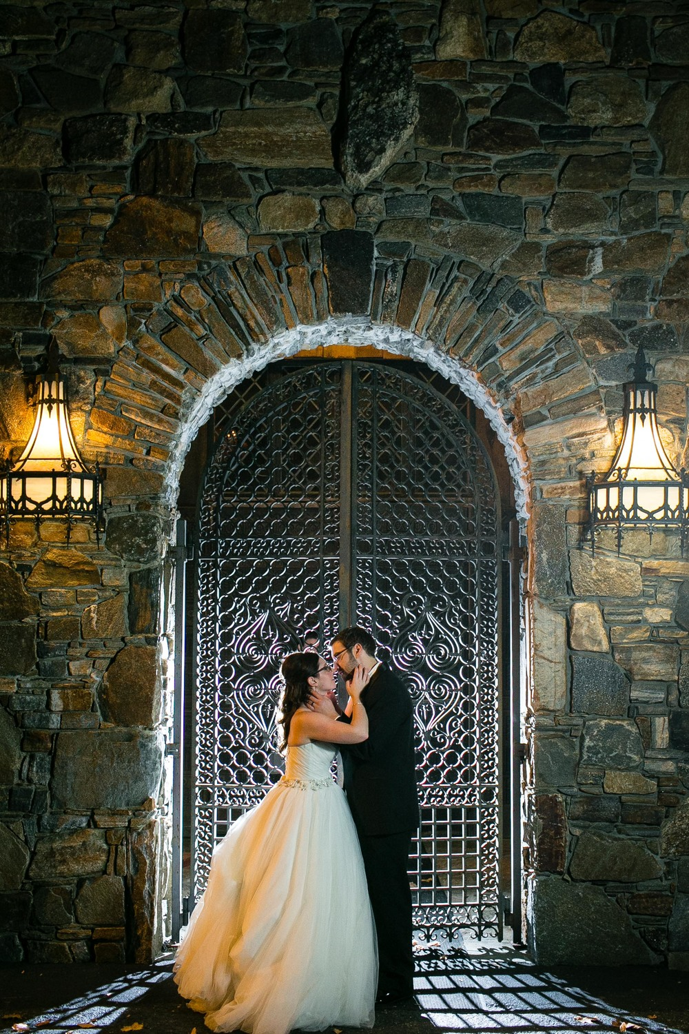 Creative-Wedding-Photography-Bill-Millers-Castle-Connecticut-Jacek-Dolata-Photography-2.jpg