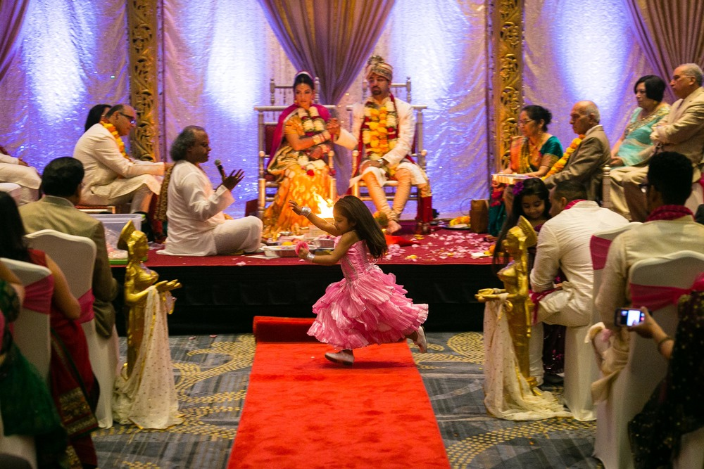 Indian-Wedding-Mariott-Hartford-Connecticut-Documentary-Wedding-Photography-Jacek-Dolata-15.jpg