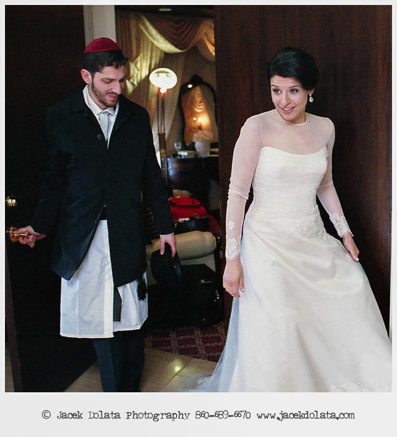 Jewish-Orthodox-Hasidic-Wedding-Manhattan-Beach-NYC-Documentary-Photographer-Jacek-Dolata (15 of 54).jpg
