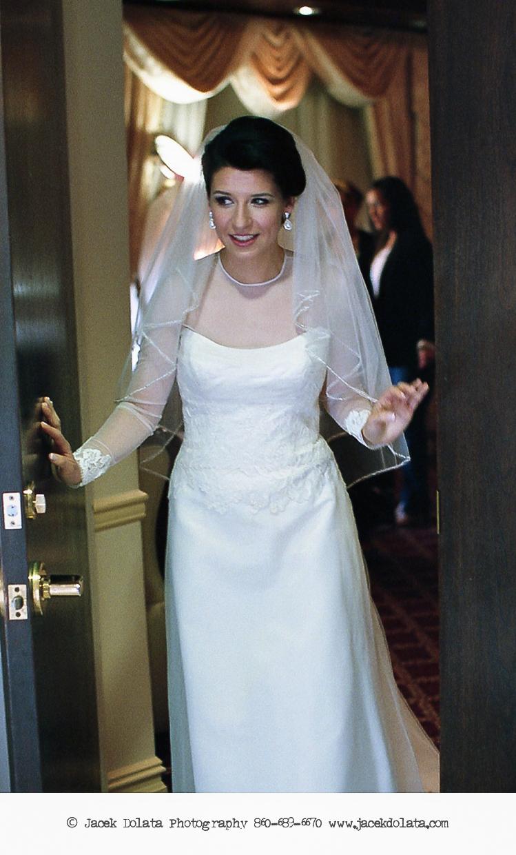 Jewish-Orthodox-Hasidic-Wedding-Manhattan-Beach-NYC-Documentary-Photographer-Jacek-Dolata (14 of 54).jpg