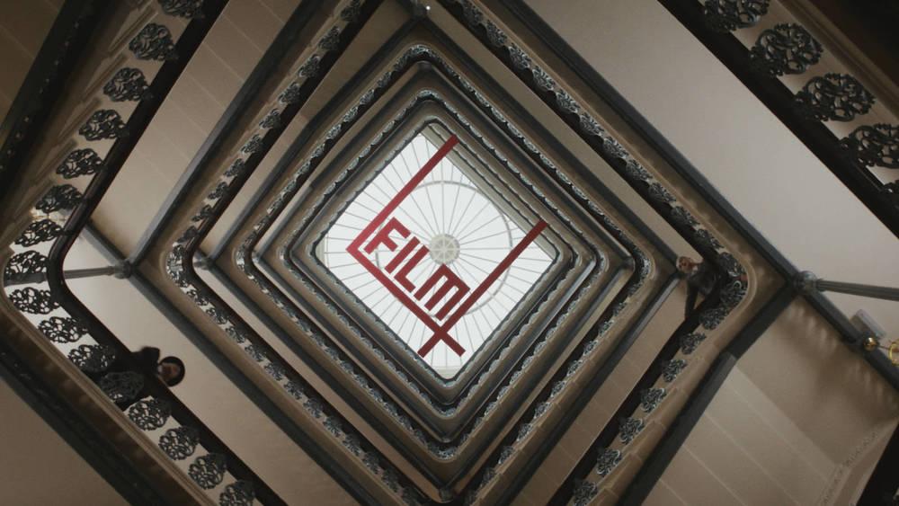 stairwell_chase_800_2x.jpg