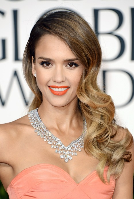 Jessica Alba Long Wavy Hairstyle 2013