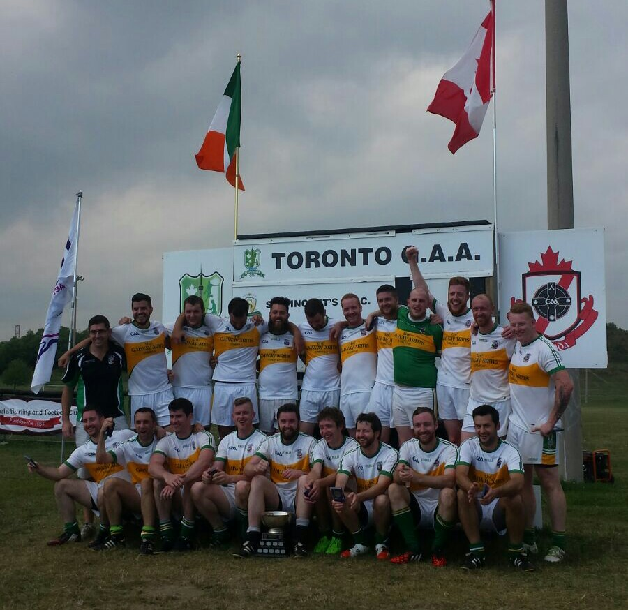 Toronto Gaels 2015 Intermediate Champions group photo.JPG