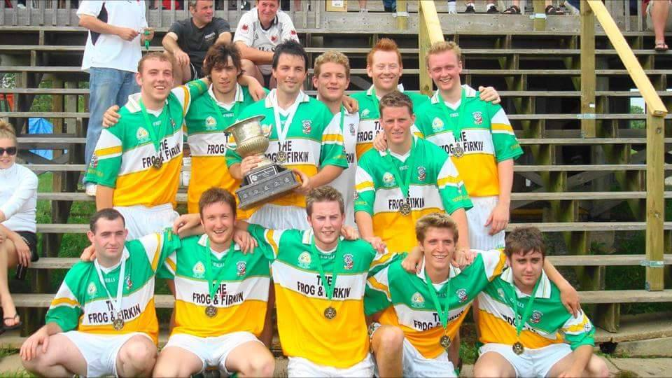 Toronto Gaels Gaelic Football Team 2008 - 2.jpg