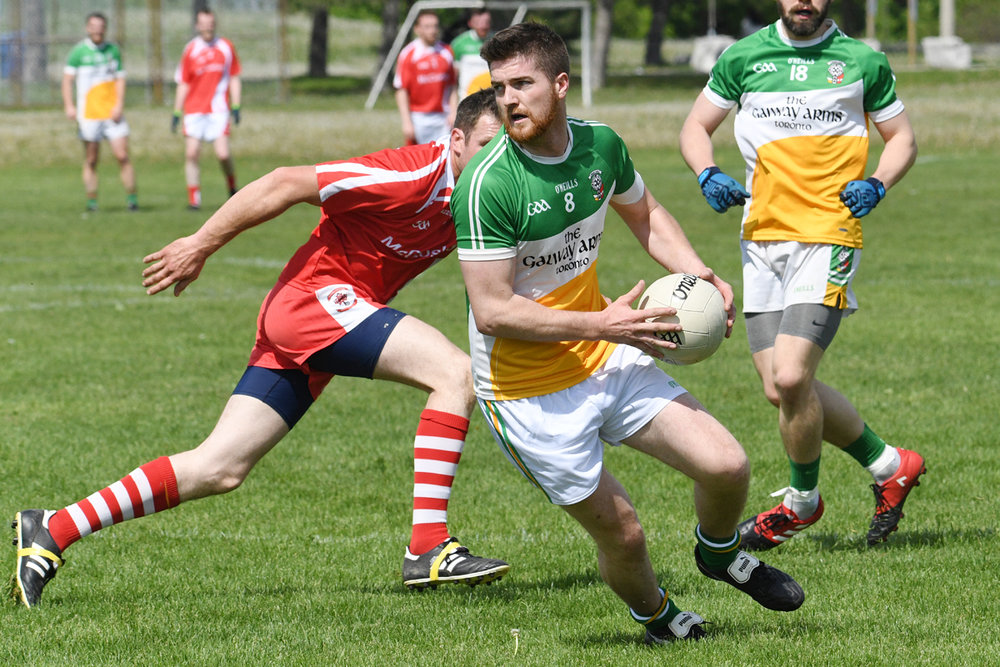 2017-senior-mens-toronto-gaels-vs-st-pats-may-27-20_34825883461_o.jpg