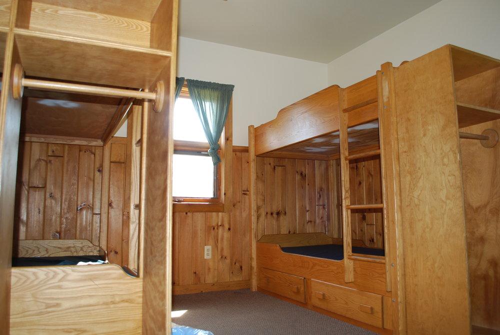 Hyde-Watson-Bedroom.jpg