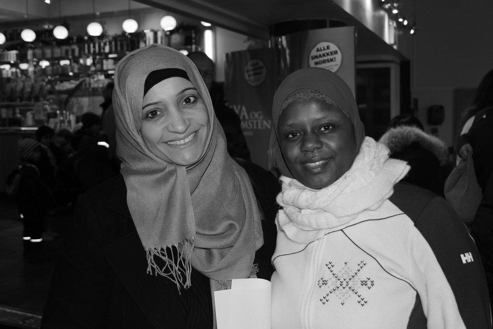 Mardiah fra Bahrain har vært med på Abloom filmfestival siden 2012. Hun ble kjent med Faridah de begge var med på samtalegrupper for foreldrene i bydel Gamle Oslo lenge før festivalen fant sted.