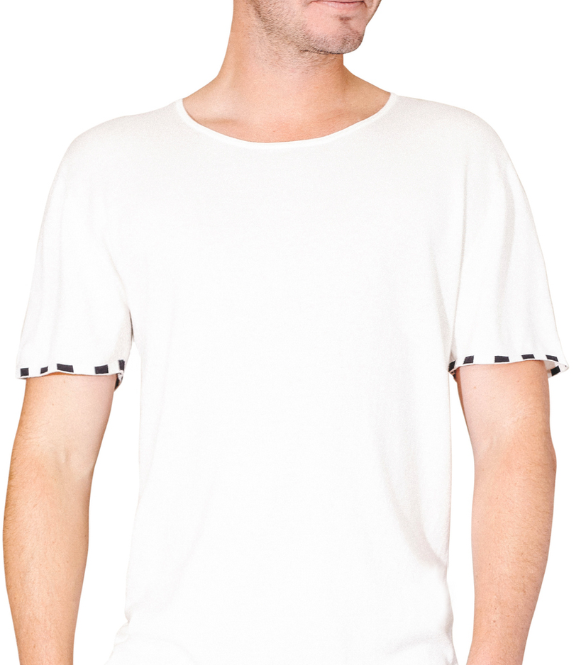 leavenworth-clothing-white-tee-summer-wilson-photo