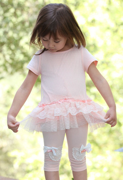 maeli-rose-peach-lace-tunic-capri-set-for-girls_grande.jpg