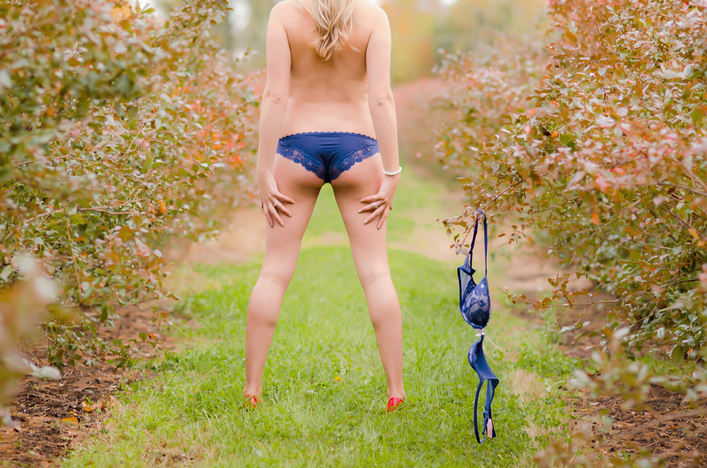 Outdoor Boudoir Photography Holland MI