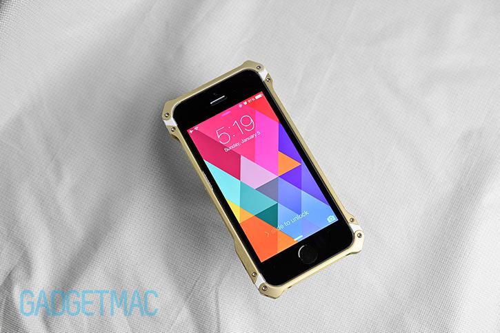 element_case_sector_5_au_aluminum_iphone_5s_bumper_case_hero.jpg
