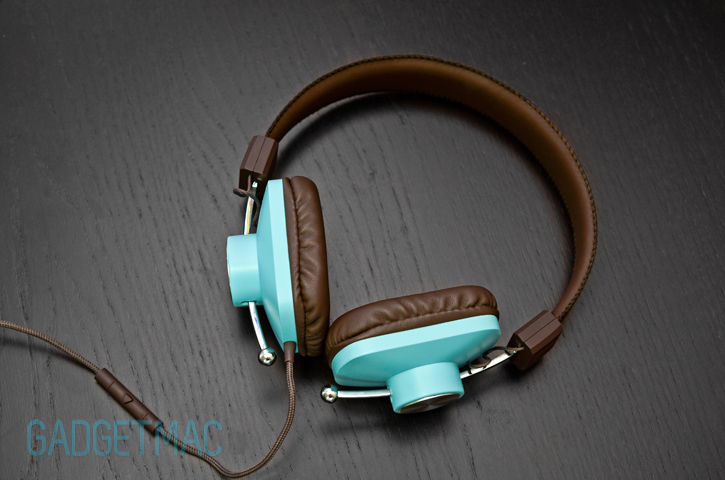 eskuche_controlv2_headphones_blue_top.jpg