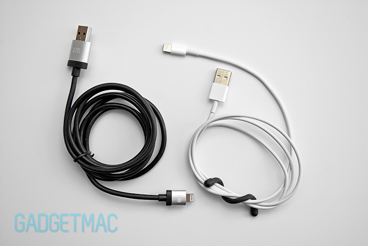 just_mobile_alucable_vs_apple_lightning_connector_usb_cable.jpg