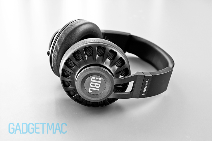 jbl_s700_headphones.jpg