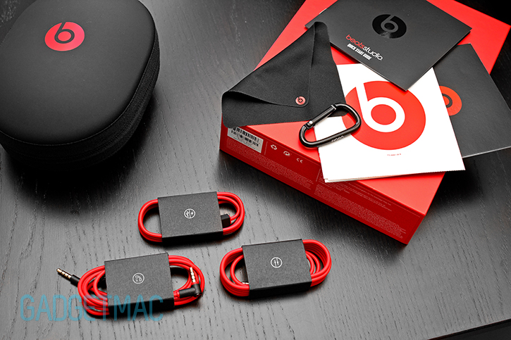 beats_studio_2_2013_unboxed.jpg