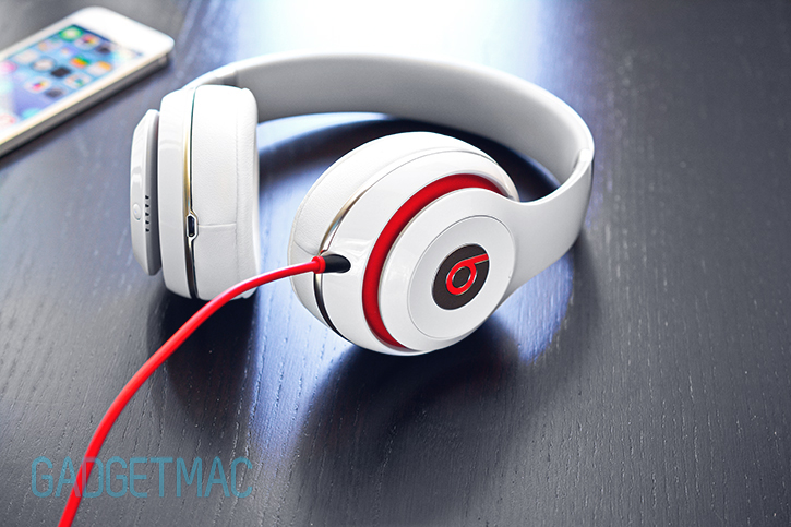 beats_studio_2013_redesigned_model_3.jpg