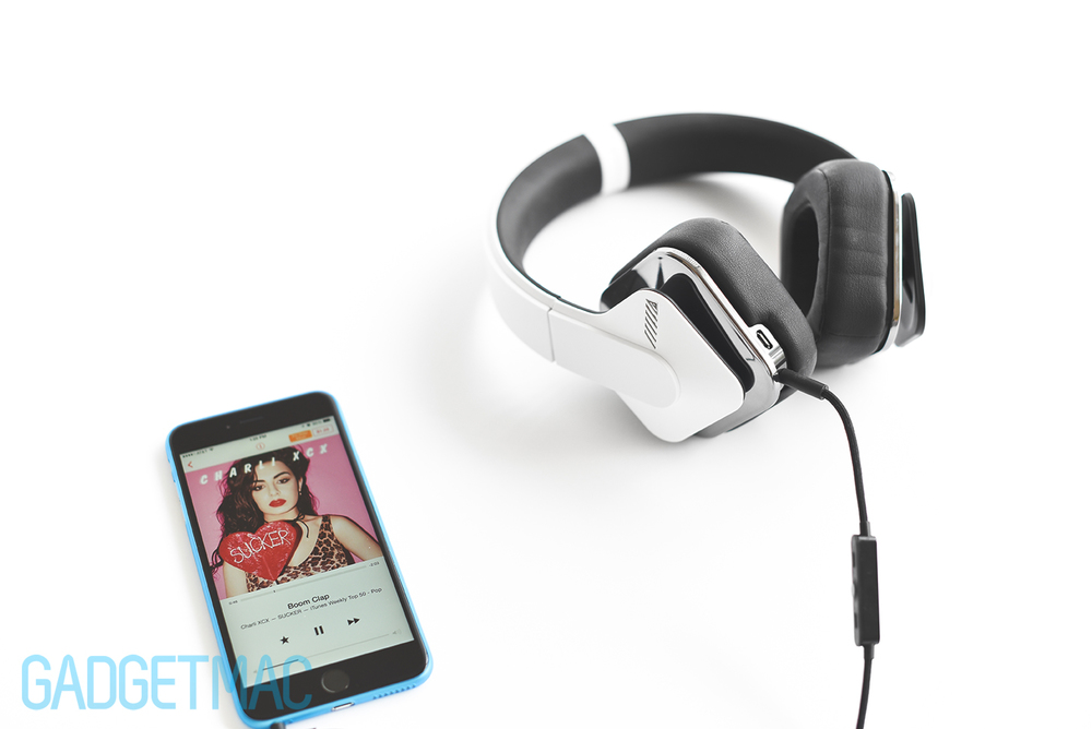 alpine-headphones-iphone-6-plus.jpg