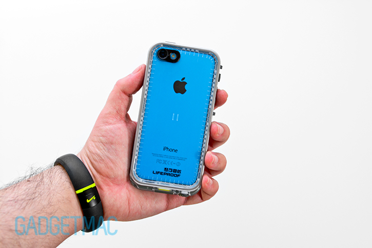 lifeproof_nuud_waterproof_rugged_case_for_iphone_5c_in_hand.jpg