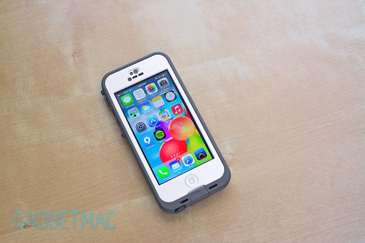 lifeproof_nuud_iphone_5_white.jpg