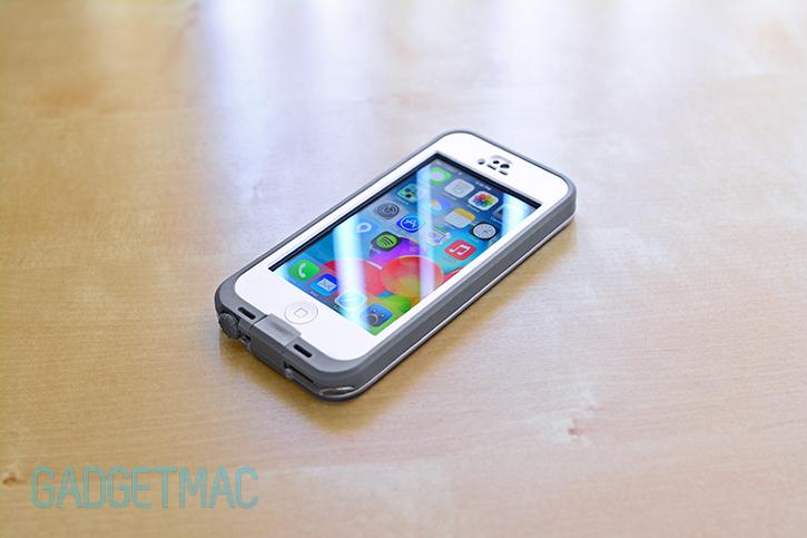 white_lifeproof_nuud_case_iphone5.jpg